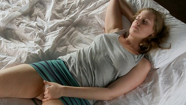 شب فیلم سیمونی دیاموند ، لیلا ، دانلودفیلم سوپر خفن کای تیلور