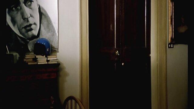 دانشجوی دانشگاه کالج بیلی بروک مشاعره الاغ کامل خود را نشان می دهد دانلودفیلم سوپر خارجی